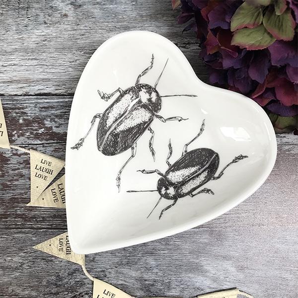 Beetle heart bowl