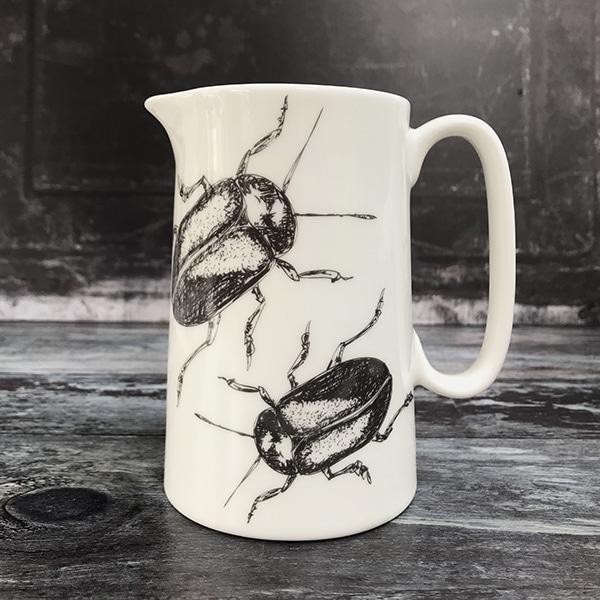 Medium beetle jug