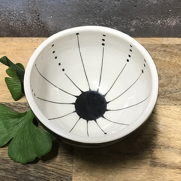 151 seed black and white mini bowl.jpg r