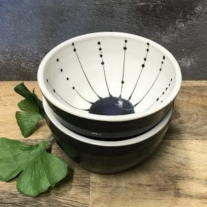 151 seed black and white mini bowls.jpg r