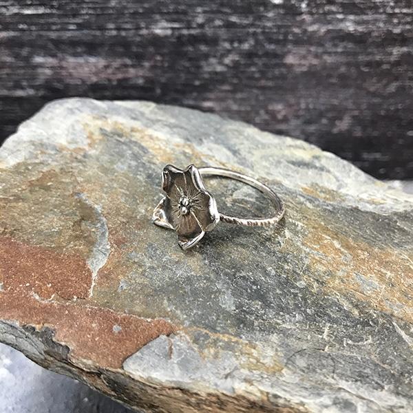 20 Flower ring b