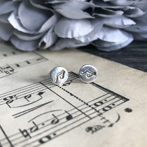 102 Silver music note studs.jpg r