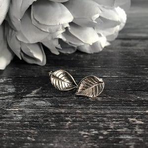 53 silver leaf stud.jpg r