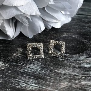 94 silver square studs.jpg r