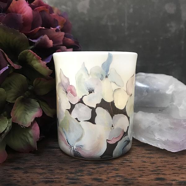 Bird and hydrangea tealight.jpg r
