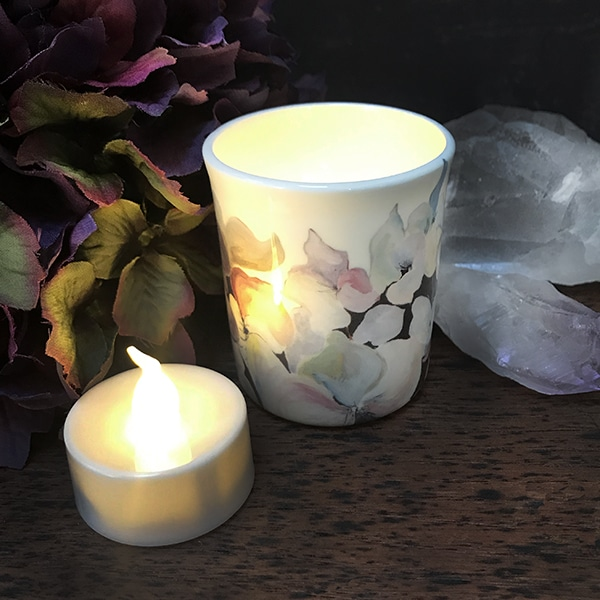Bird hydrangea tealight and tealight.jpg r