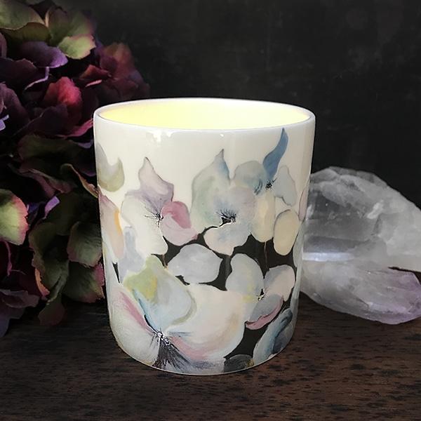 bird hydrangea candle pot 3.jpg r