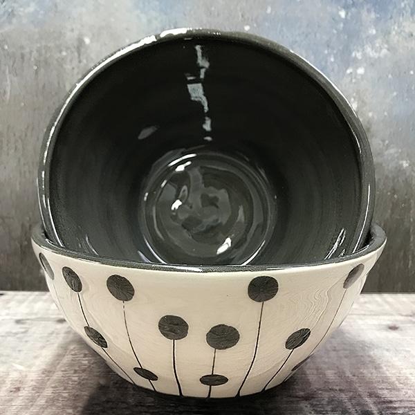 Med dot and spot bowl